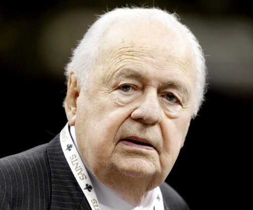 Tom Benson says he won't sell New Orleans Saints, Pelicans