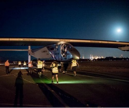 Sun-powered Solar Impulse 2 lands in Tulsa after flight from Phoenix