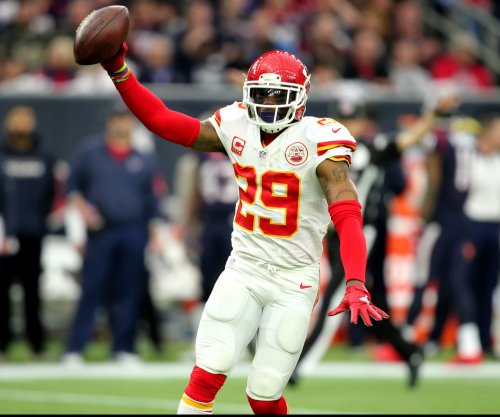 Kansas City Chiefs' Eric Berry wins Halas Award