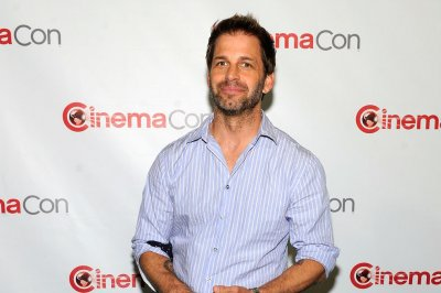 Zack Snyder thanks fans for support following 'Justice League' exit