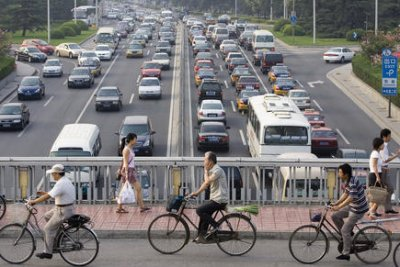 City in China punishing bad drivers with slogan shouting