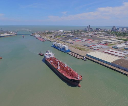 Texas looks to port overhaul to keep pace with oil and gas exports