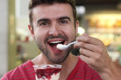 Eating yogurt may reduce risk of colon cancer in men, study says