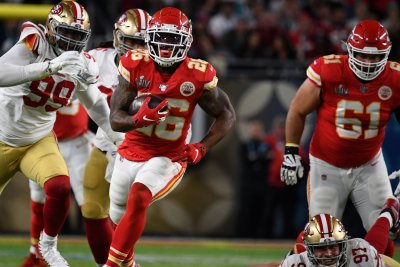Chiefs plan to pick up 2020 option for Super Bowl star Damien Williams