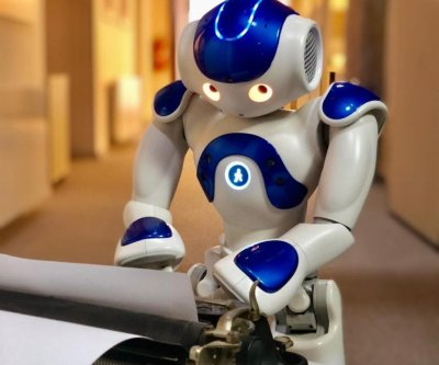 Researchers teaching robots to write a stage play in Czech Republic
