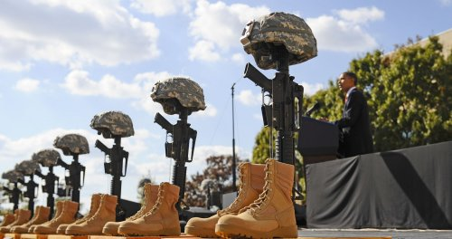 Fort Hood trial will stay in Texas