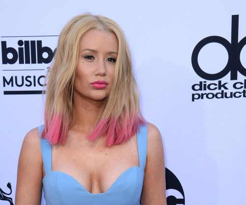 "Iggy Azalea says denying plastic surgery is ""lame,"" confirms nose job"
