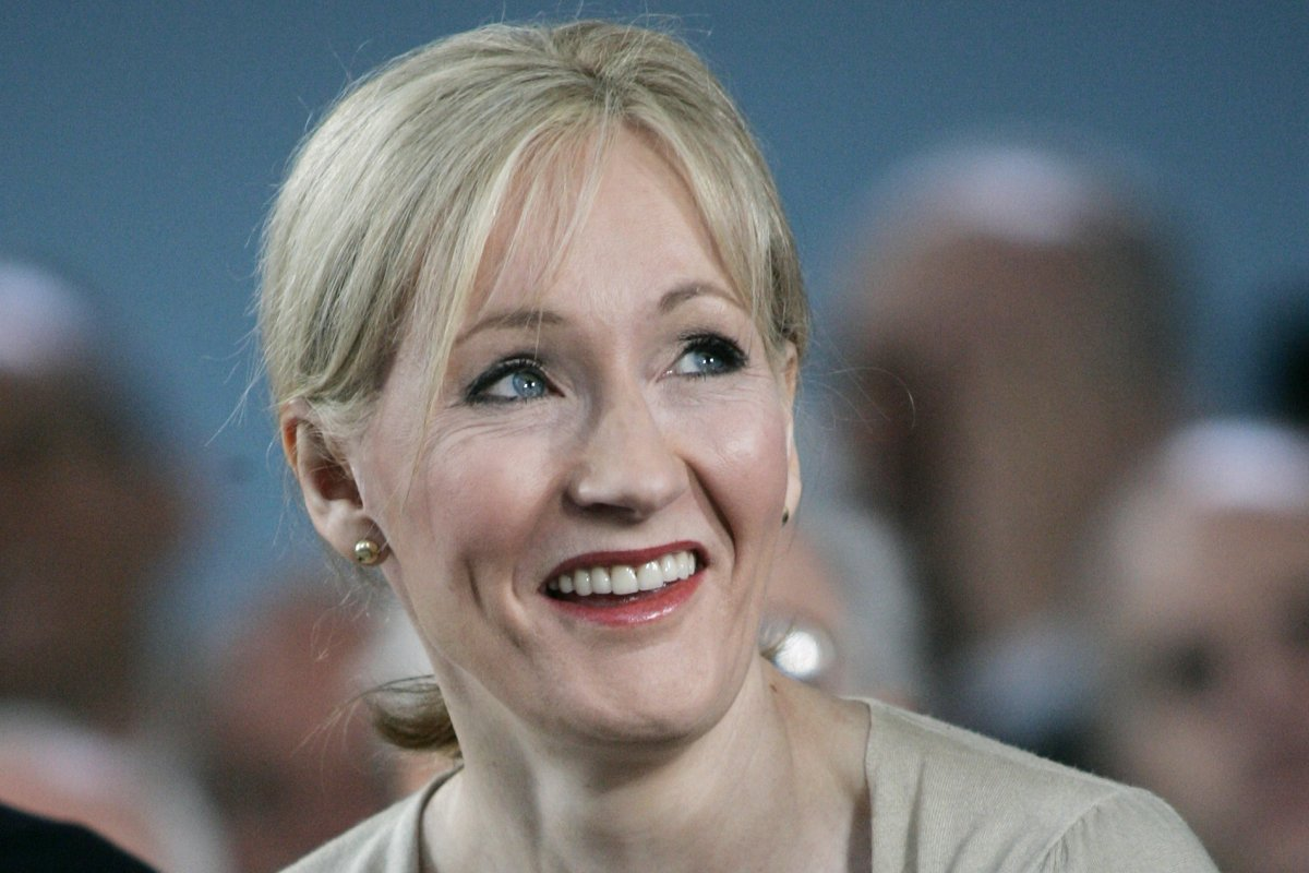 j k rowling offers back story of north american school of magic j k rowling offers back story of north american school of magic on pottermore com