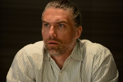 Anson Mount to play Capt. Kirk's predecessor on 'Star Trek: Discovery'
