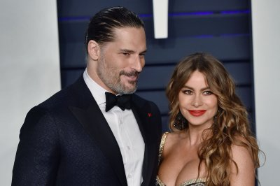 Joe Manganiello says he took on snake with Sofia Vergara at home