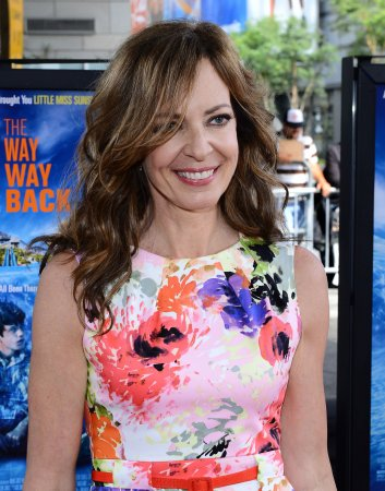 Allison Janney performs 'The Jackal' on 'Arsenio'