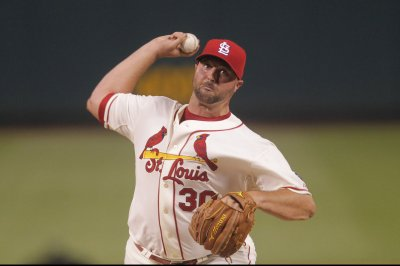 St. Louis Cardinals sign RHP Jonathan Broxton to two-year deal