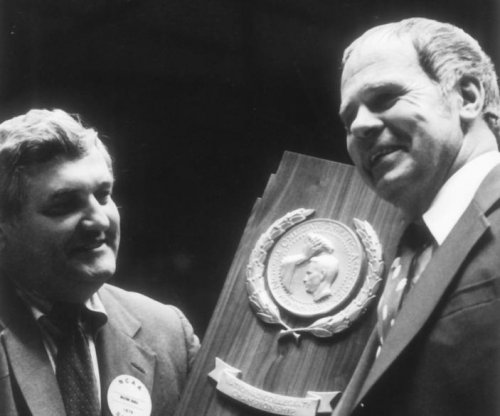 Former Michigan State Spartans basketball coach Jud Heathcote dies at 90