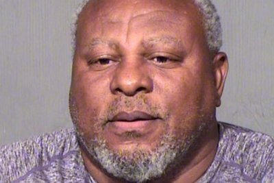 Albert Belle: Cleveland Indians legend arrested for DUI, indecent exposure