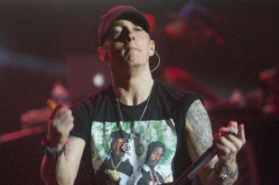 Eminem tells AAF not to 'blow it,' wants fighting allowed