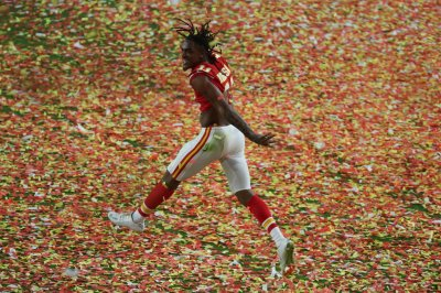 Kansas City Chiefs to re-sign WR Demarcus Robinson