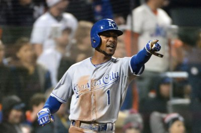 Kansas City Royals RF Jarrod Dyson to miss six weeks
