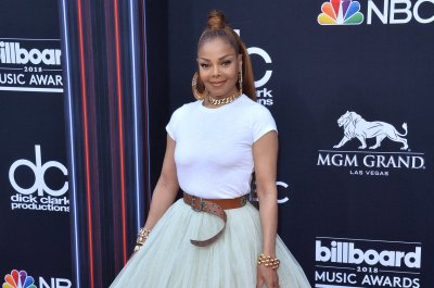 Janet Jackson receives Icon Award at BMI R&B/Hip-Hop Awards