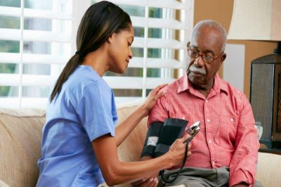 Upping seniors' blood pressure meds after hospitalization could do harm