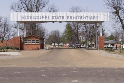 Authorities investigate 15th inmate death at Mississippi state prison