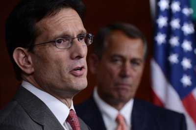 Cantor backs McCarthy to replace him as majority leader