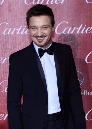 Jeremy Renner confirms he married Sonni Pacheco
