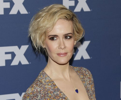 Sarah Paulson: 'American Crime Story' gave me a smoking problem
