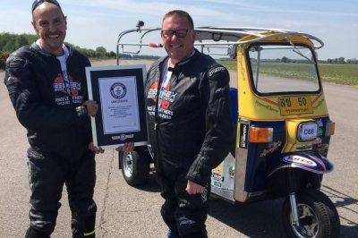 British cousins set land speed record for Tuk Tuk