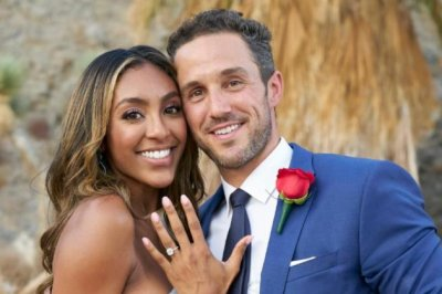 'The Bachelorette': Tayshia Adams gets engaged to Zac Clark