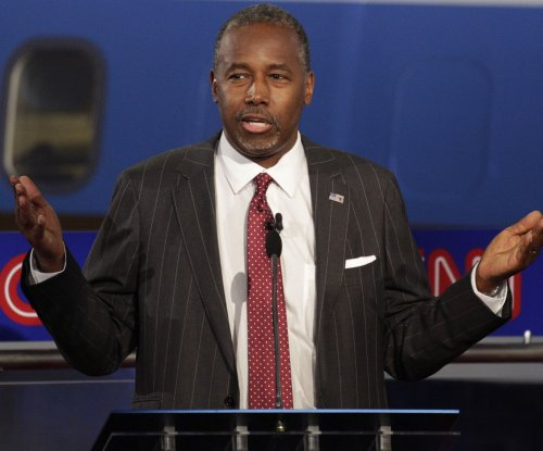 GOP contender Carson under fire for Oregon shooting comments