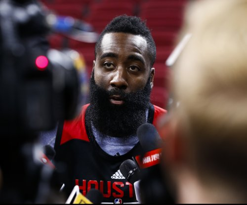 James Harden scores 40 in Houston Rockets' blowout win