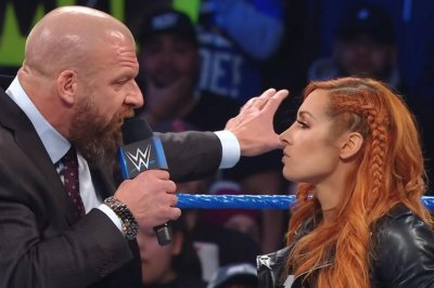 WWE Smackdown: Becky Lynch slaps Triple H