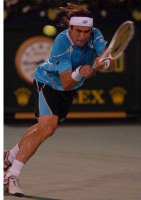 Ferrer, Hewitt drop first-round matches