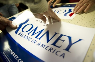 Gingrich pulls Romney 'anti-immigrant' ad