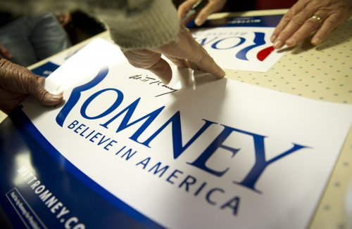 Gingrich pulls Romney 'anti-immigrant' ad