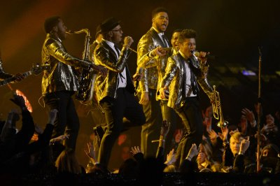 Watch Bruno Mars' retro-inspired Super Bowl halftime show