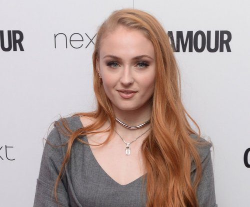 Sophie Turner teases Sansa's 'options' in 'Game of Thrones'