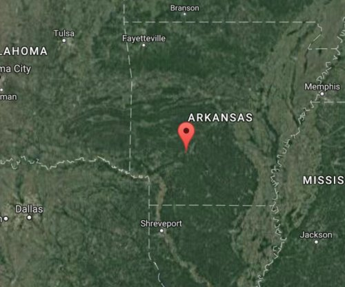 Two dead after small plane crashes in rural Arkansas