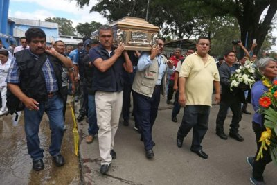 Seven dead in gang attack on Guatemala City hospital