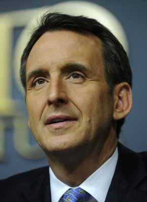 Pawlenty warns Medicare's 'going broke'