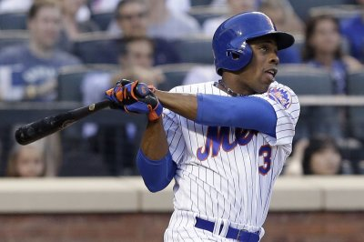 Curtis Granderson's milestone homer helps New York Mets rally past Chicago Cubs