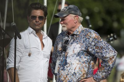 John Stamos to host 'A Capitol Fourth' special for PBS