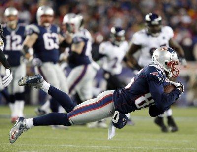Patriots release veteran receiver Lloyd