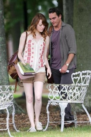 Emma Stone, Joaquin Phoenix visit park for Woody Allen film
