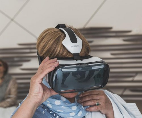 Democratic candidate debate airs tonight in virtual reality