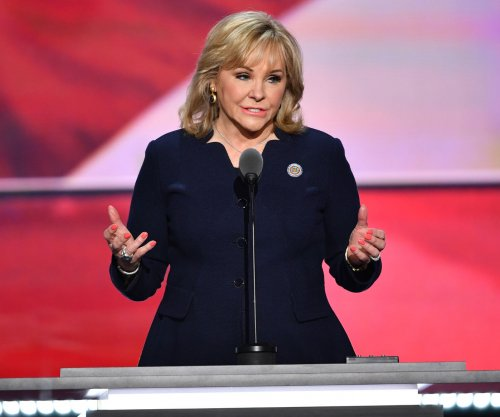 Oklahoma Gov. Mary Fallin calls on GOP to unite behind Trump