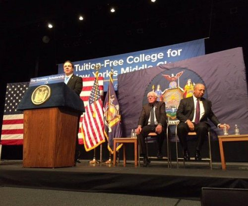 Gov. Cuomo, Bernie Sanders unveil free college tuition plan for New Yorkers