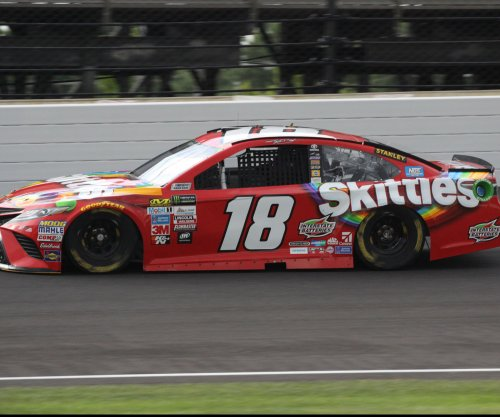 NASCAR: Kyle Busch seizes pole to start quest for third straight Indy win