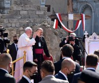 Pope urges forgiveness where Islamic State ravaged churches