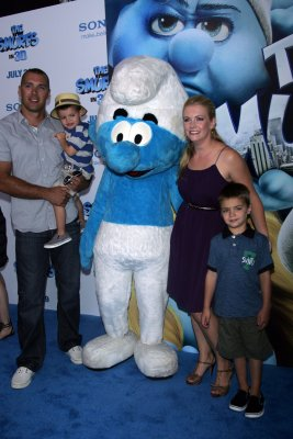 Melissa Joan Hart pregnant with third child